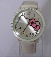 hello kitty Quartz Wrist stylish lady/girl wrist Watch white w