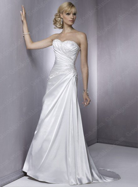 Free Shipping/Sheath Sweetheart Sleeveless Court Train Satin Bride Wedding Gown with Ruffles and Beading(China (Mainland))