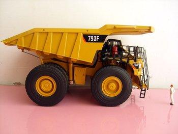 1:50 N-55273 Cat 793F Off Highway Truck