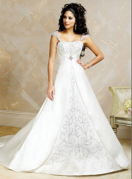 Free Shipping/A-line Queen Anne Neckline Short Sleeve Court Train Satin and Lace Bride Wedding Gown with Beading and Lace Appliq(China (Mainland))