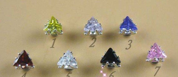 Boa 30pair 6MM Moda Triangular Wave Of Zircon Brincos Magnetic sem buracos Casal homossexual brincos atacado(China (Mainland))