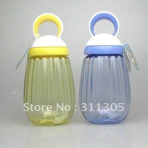 Garrafa 370ml plástica de água , redondo com palha , adorável garrafa .(China (Mainland))
