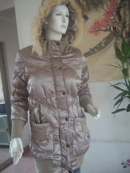 Low season on sale 15% Women Down Coat Fur collar Color Silver Size L Material Down Reduce the discount 10% postage