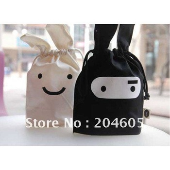 Free shipping Wholesale 10 PCS/lot Folding portable Ninja rabbit travel pouch Storage cartoon bags black and white House Pouch