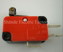 high quality Micro Limit Switch with Roller Lever V-155-1C25 15A 125/250VAC(China (Mainland))