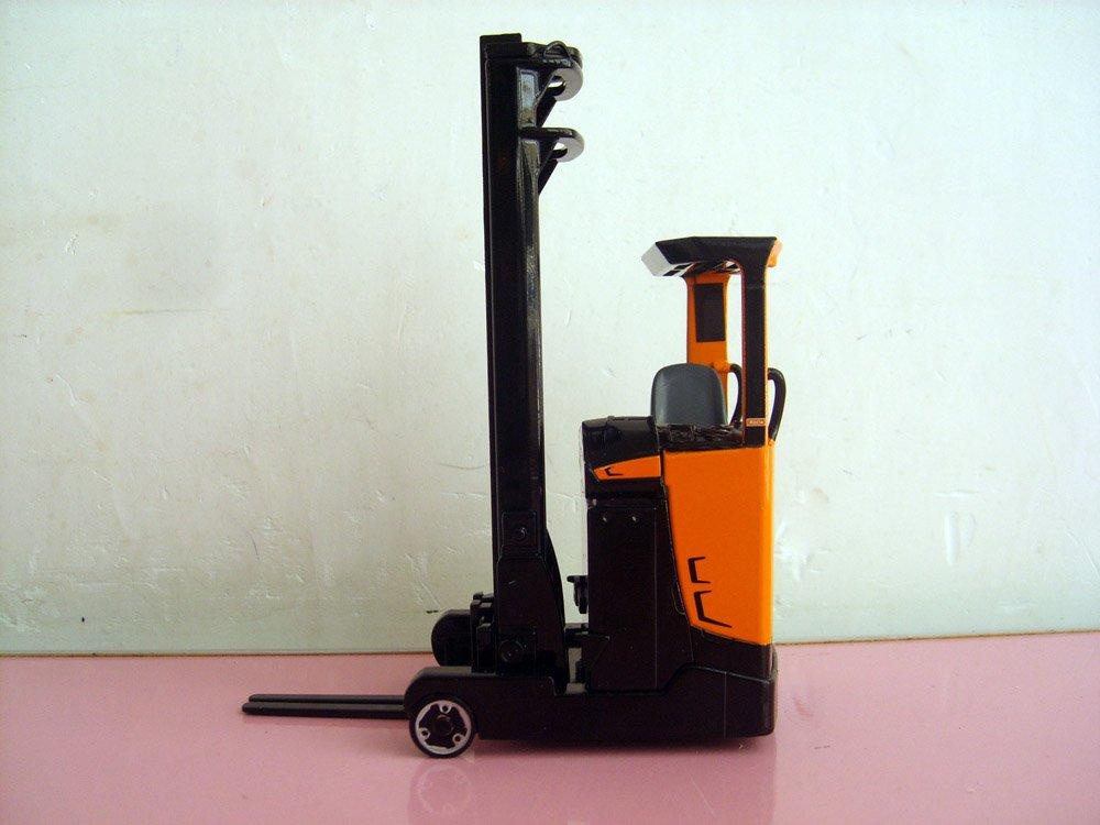 1:25 HUMANIC Reach Truck toy(China (Mainland))