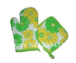 Wholesale free shipping New Cotton 2 in 1 Microwave Oven Glove+ Mat Pad Protector Oven Mitt + Pot Holder Heat resistant(China (Mainland))