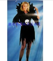 Wholesale Halloween costumes /Halloween clothes adult female models show high-grade fabric witch