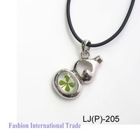 New arrival real four leaf clover cool lucky necklace four leaf clover  pendant free gift box ,free shipping Hot sale!