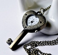 Minimum order 30 USD: Retro brass key of love pocket watch / necklace jewelry gift accessories A1-9