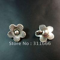 Free shipping 200 pcs/lot 14x14mm Flower zinc alloy pendants charms wholesale