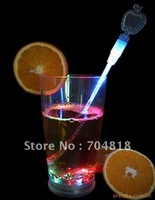 Free shipping 100% New colorful flashing wine beer LED cocktail stirrer stick used in bar party romantic wedding valentine