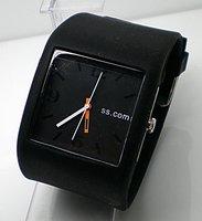 Promotion Many Colours Available Sport Silicone wrist watch men women fashion Analog quartz watch BT642