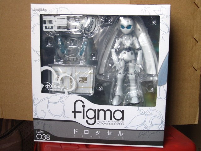 Free shipping Drossel Fireball Action Figure Figma 038(China (Mainland))
