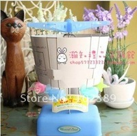 Taiwan Xiong ISHIGURO frosted jelly blue rotating music box music box ferris wheel aircraft
