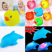 NEW  free shipping Brand New 14pcs Baby Kids Bath Toy LED Flashing Dolphin Light Lamp and Duck Light Lamp