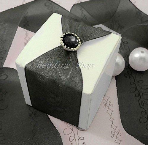 FREE SHIPPING--50PCS Black Brads Paper Fastener for Scrapbooking Wedding Stationary Favor Box DIY Craft Supplies(China (Mainland))