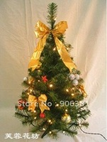 Christmas tree. 0.6 meters green encryption type pine tree.A-018. The family style.free shipping