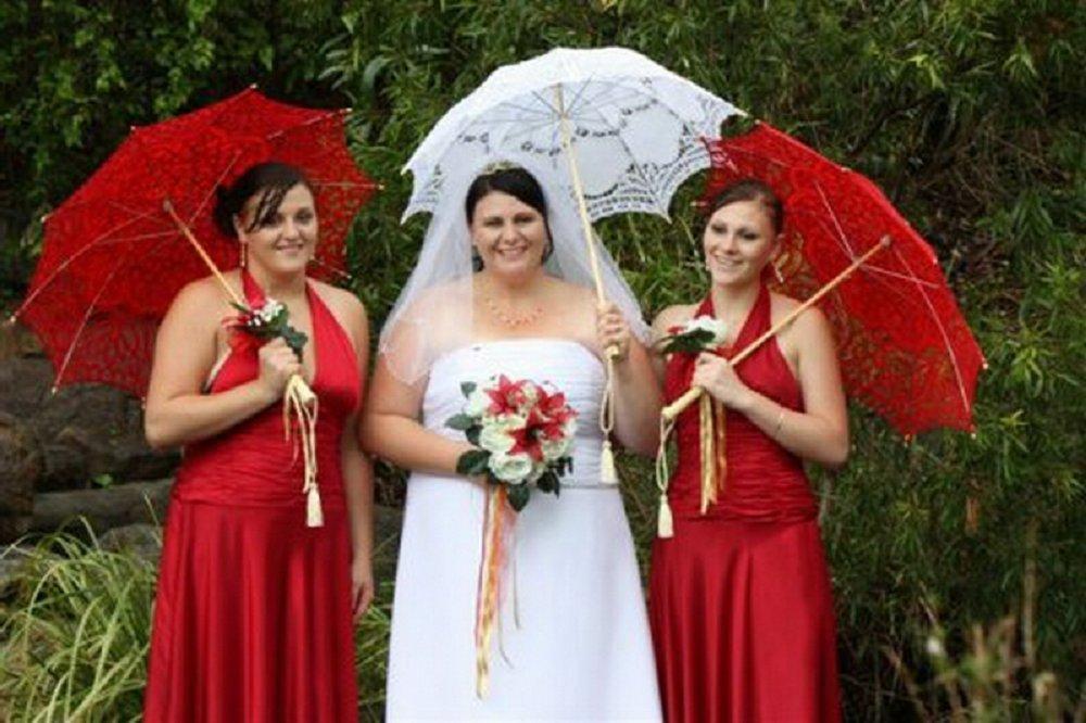 Groothandel afzetbevordering 100pcs lot kant ivoor parasol paraplu voor bruiloft bruids - Paraplu katoen ...