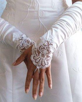 2011 new Fingerless white lace Bridal Gloves QS111104