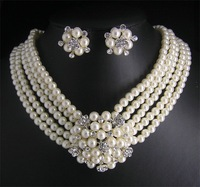 2011 Hot Fashion Woman's Jewelery Wedding/Bridal pearl &crystal necklace earring set free shipping