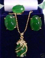 stunning green jade pendant ring earring set