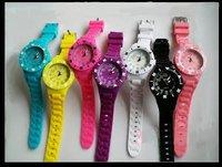 VG 20046, casal silicon Quartz Watch! mix bulk low price