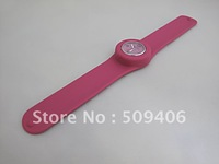 2012 hot silicone slap watches