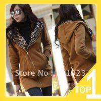 Женская одежда из меха Holiday Sale KomooVogue Women's Top Sale Fox Fur Collar Jacket with Striped Rabbit Fur Garment Coat Y2652