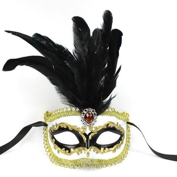 100% High Quality  Fashion Promotion Plastic Venice Carnival Mask Party Mask with Feather for New Year Carnival Feather Masks
