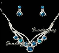 Fast Free Shipping! Gorgeous Clear Crystals Wedding Bridal Jewelry Set Including Necklace and Earrings -XL109