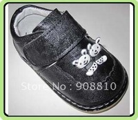 baby boy blk sheepskin soft sole shoes with bunny emblem 8pcs/lot
