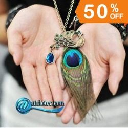 Min Order 12$ Fashion Jewelry Peacock Feather Crystal Necklace Metal Pendant Sweater Chain XL0042(China (Mainland))