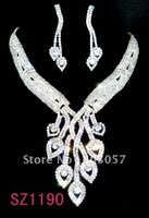 Wedding jewelry set Fashion rhinestone jewelry set , bridal rhinestone jewelry set, crystal necklace and earrings sz1118