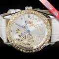 New Crystal Gold Case Luxury Automatic Watch Women White Beauty Carve Design tr0053