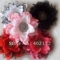 Декоративные цветы и венки