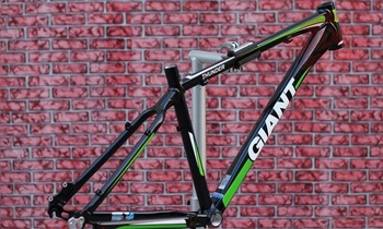 Free Shipping great giant frame.bicycle AL frame.2011 THUNDER.17inch.prefect quality.mountain bike parts