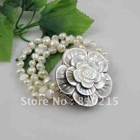pearl bracelet AA 8-9MM White color genuine freshwater pearl baroque shaper beautiful sea shell flower clasp wholesale A2611