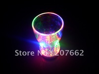 Free shipping 10pcs/lot 350ml/12oz color changing led flashing cup led glass drinking cup for partyt supplies