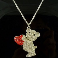 Promotions! Free Shipping Retro fashion Cute Bear necklace 5PSC
