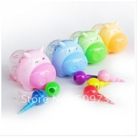 In2012The new cute face cartoon pig pencil sharpener, pencil sharpener