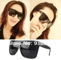 FreeShipping,Retail pack New Summer hot selling Fashion Designer Brand  Sunglasses anti UV4000 unisex star eyewear