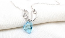 Free Shipping Gift Bag Wholesale classic Crystal Cupid Love Necklace Crystal jewelry Evening dress Wedding dress