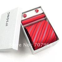 Elegant red stripe tie