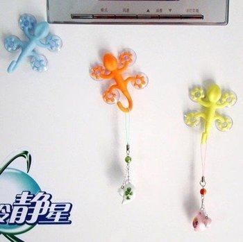 FREE SHIPPING! Good Quality & Popular Four Sucker Hook, Newest Cartoon Gecko Hook, Plastic Hook
