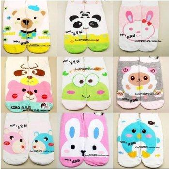 Fashion Girls Socks / Cotton Cartoon Multi-color No Show (ZM-7786)