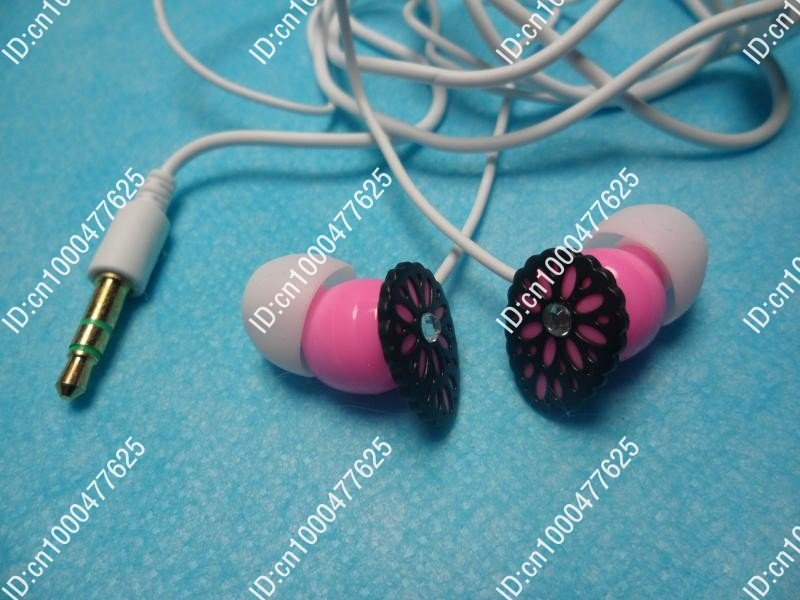 free shipping MP3/MP4 in ear earphone shipping support fashion lady earphone(China (Mainland))