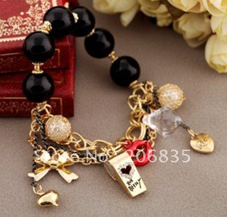 (Mini Order Is $10)Vintage Retro Beads Whistling Lips Charm Bracelet(China (Mainland))