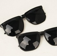Free shipping wholesale+100% UV resistance  material vintage rivet black  sunglasses(9color mix) SN-023