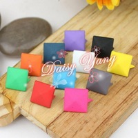 Free shipping Square rivet Color rivet DIY Rubber materials Clothing accessories